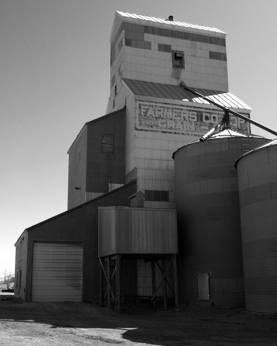 Tuttle Elevator B&W Final